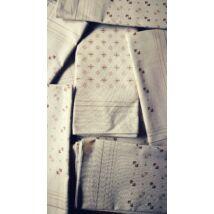 Kiárusítás - kishibás zsebkendő 1db világosbarna színben vegyes minta