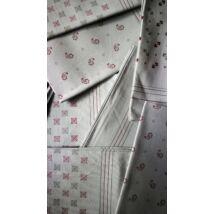 Kiárusítás - kishibás zsebkendő 1db szürke színben vegyes minta