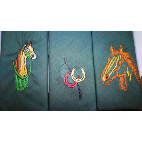 -H01-6 Lovas mintájú hímzett textilzsebkendő 3db, dobozban